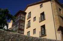 Latorre fachada (residencia en Soria)
